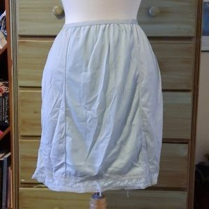 Vintage baby blue lace embroided half slip GB1